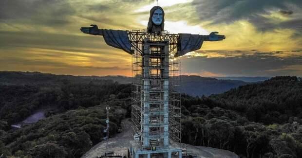 Зачем в Бразилии строят статую Христа выше предыдущей