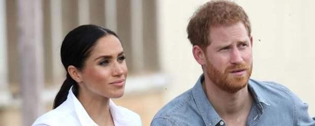 Британцы попросили королеву лишить принца Гарри всех титулов