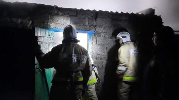 В Раздольненском районе горела легковушка, пострадал человек