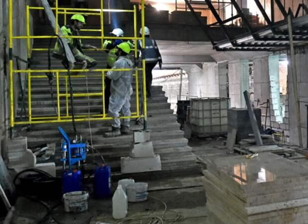 Отделочные работы идут на станциях БКЛ метро в СЗАО