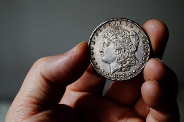 Савеловские полицейские задержали мошенников со «старинными» монетами