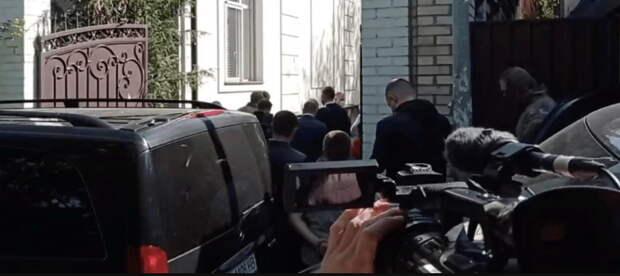 В Киеве пытаются арестовать Медведчука
