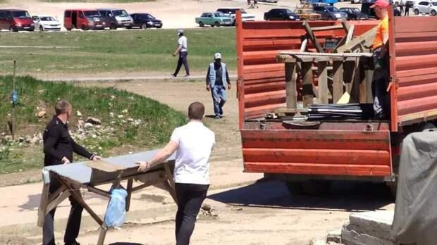 Сотрудники Департамента муниципального контроля ликвидировали несанкционированную торговлю на Ай-Петри