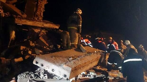 Грудного малыша вытащили живым из-под завалов после взрыва в Маргуше