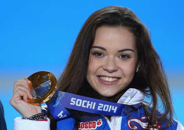 Аделина Сотникова завершила спортивную карьеру