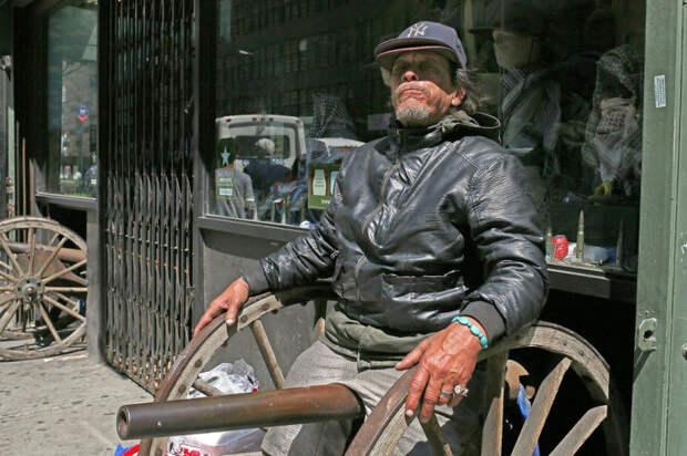 ИХ НРАВЫ: ФОТОГРАФИИ С УЛИЦ НЬЮ-ЙОРКА