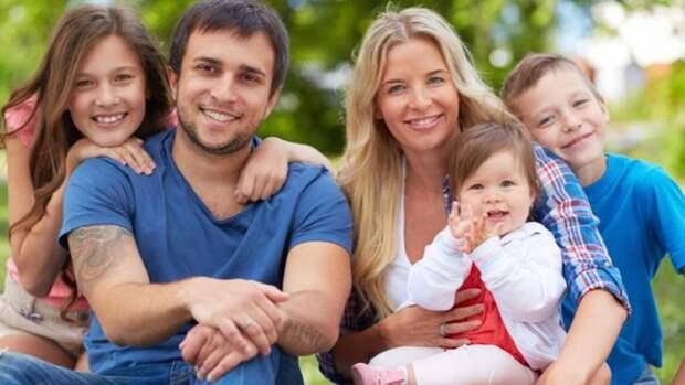 Получить удостоверение многодетной семьи в Ленобласти стало проще
