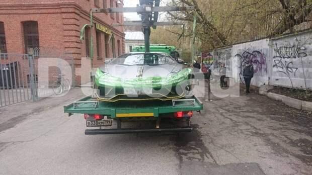 В центре Москвы эвакуировали Lamborghini Насти Ивлеевой