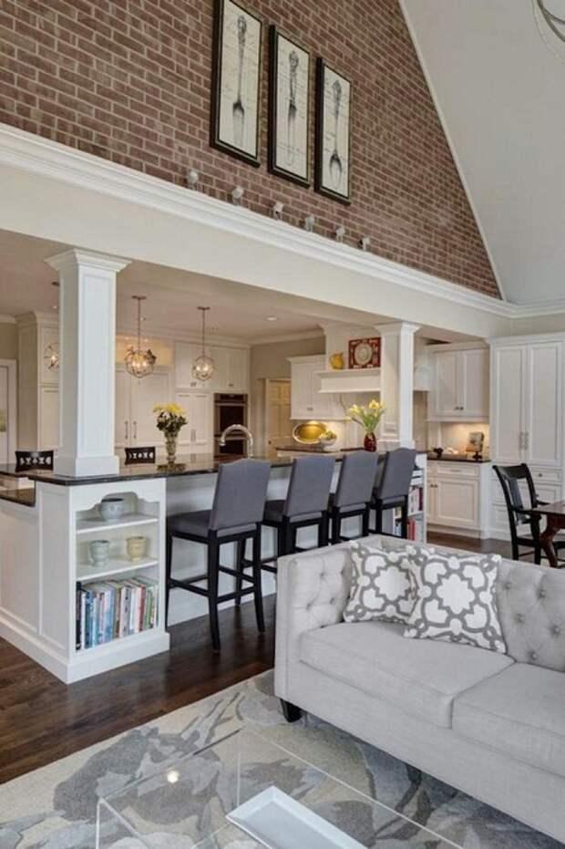 Один из самых лучших вариантом - объединить две комнаты в одну, а именно гостиную со столовой.