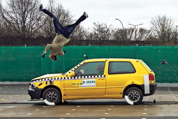 http://autobild.ua/wp-content/uploads/2012/09/ab2012-07-crash-0.jpg