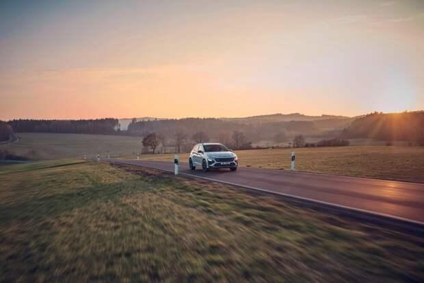 286-сильный Hyundai Kona N 2022 выводит кроссовер на сторону производительности