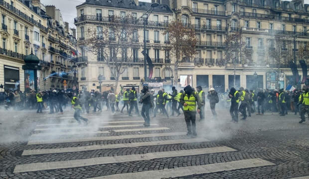 «Эта операция – чистый убыток»: французы пришли в ярость из-за «антироссийской» сделки Парижа и Киева