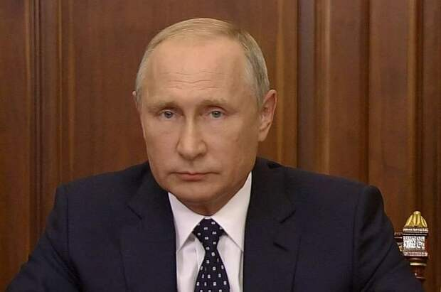 «США бьётся в истерике». Путин указал Западу, где его место
