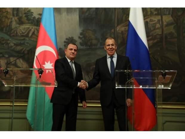 Нагорный Карабах: Лавров переходит в дипломатическую атаку