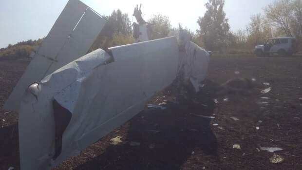 Два человека погибли при крушении легкомоторного самолета в Татарстане