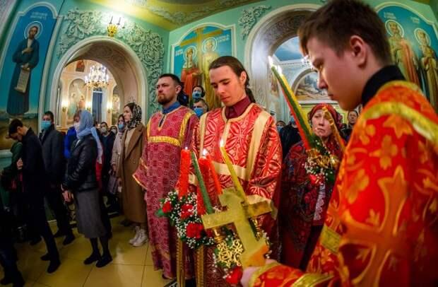 Пасхальные службы в России могут пройти без ограничений