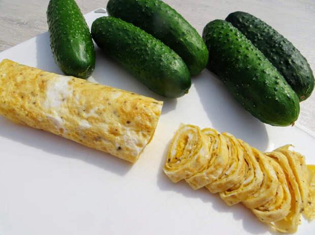3 новых салата из огурцов Салат, Приготовление, Другая кухня, Вкусно, Рецепт, Видео, Длиннопост, Огурцы, Кулинария