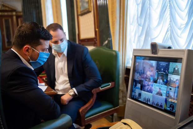 Зеленского призвали вернуть медицину «как в СССР»