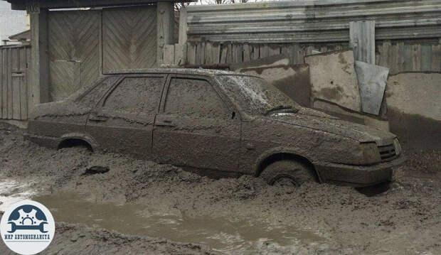 Самодельное средство, которое поможет защитить машину от грязи