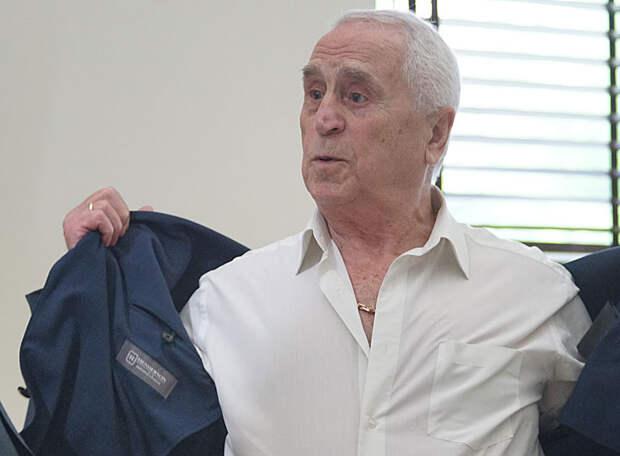 «Нет такого мужика, который бы никогда не занимался «этим делом», но Дзюба не имеет право позорить страну, а еще и о шантаже говорить… Хотя для сборной он нужен», - Кавазашвили