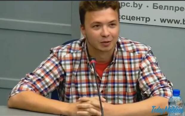Протасевич весело солировал на пресс-конференции, издеваясь над западными журналистами
