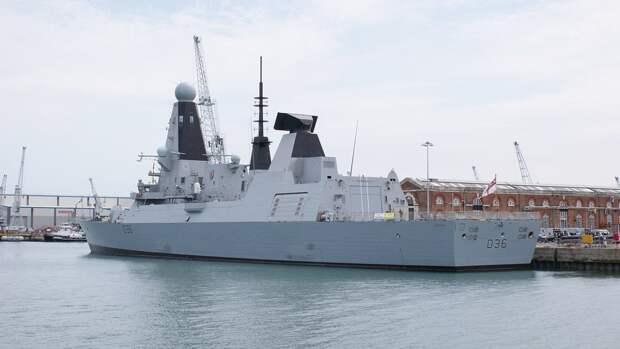 """Французы назвали """"победой Путина"""" бегство эсминца Defender ВМС Британии из Черного моря"""