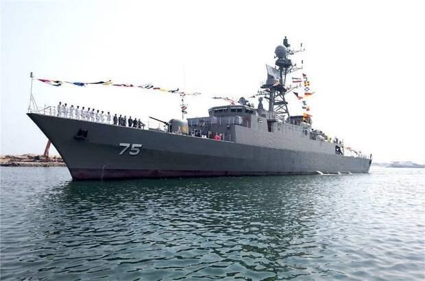Иран вооружился новым фрегатом