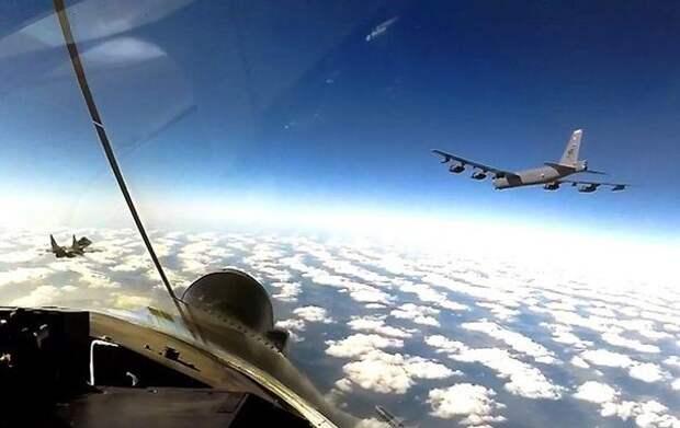 Бомбардировщики США будут регулярно летать над Украиной