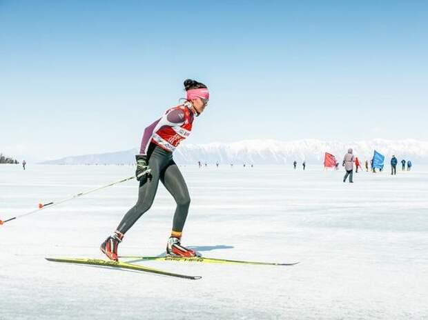Зачем на лед Байкала выйдут полтысячи лыжников?