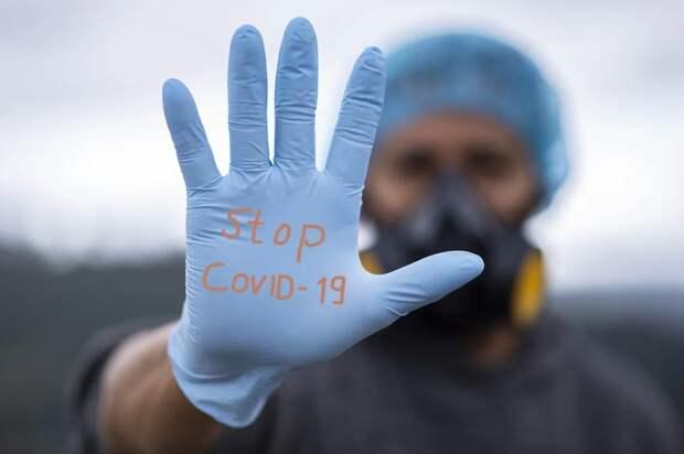 Врач рассказал об особенностях защиты от коронавируса зимой