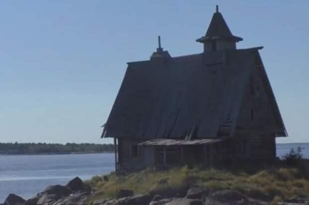 В Карелии сгорел барак, перестроенный в храм для фильма «Остров» Лунгина