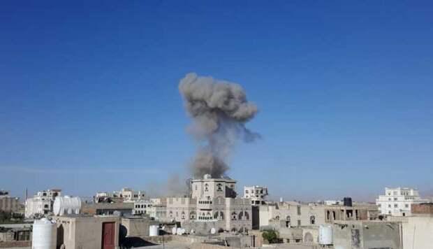 Опубликовано видео удара баллистическими ракетами по столице Саудовской Аравии