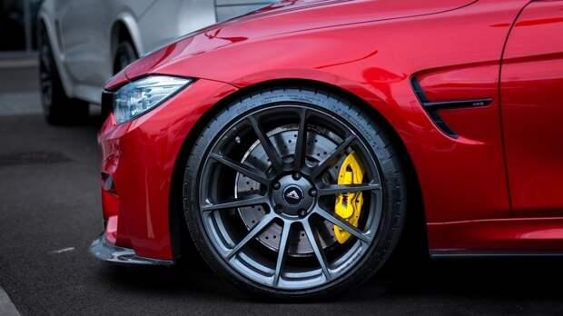 Автоэксперт Виктор Похмелкин назвал причины рекордного роста продаж машин в России