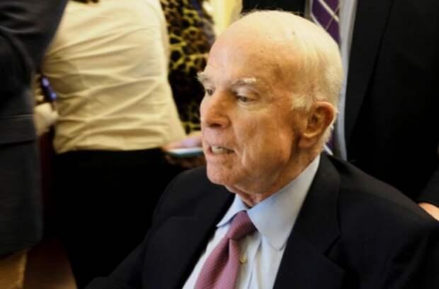 Маккейн не хочет, чтобы Трамп присутствовал на его похоронах