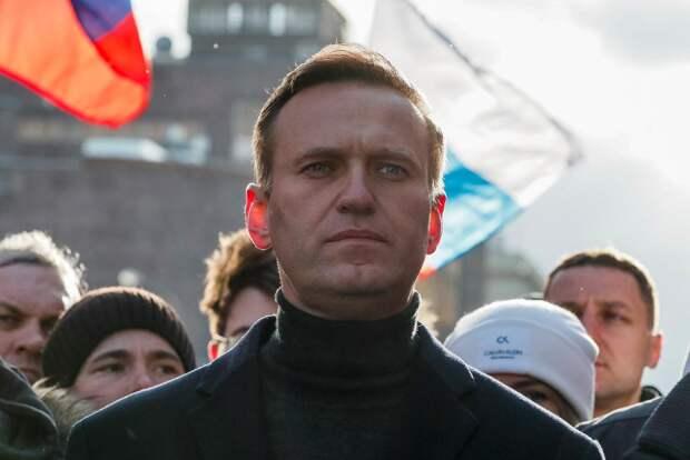 Журналисты нашли возможную причину, из-за которой Навальный не спешит возвращаться в Москву