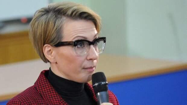 Яна Чурикова прокомментировала скандал между Долиной и Карнавал