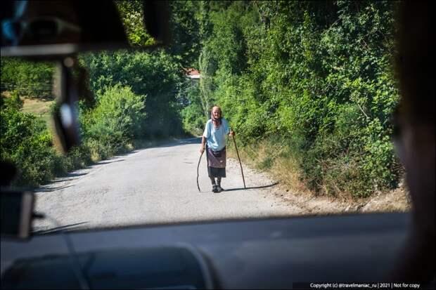 Как зона отчуждения: первое, что бросается в глаза, когда въезжаешь в Боснию