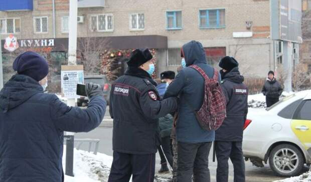 Еще двум оренбуржцам удалось избежать штрафа иареста заучастие вакции протеста