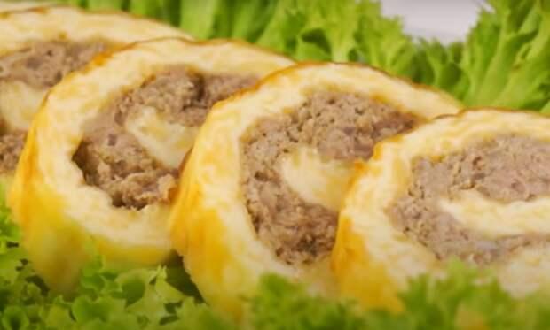 Ароматный и праздничный сырный рулет с мясом