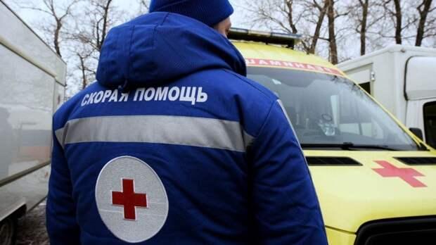 Три человека погибли в результате столкновения кроссовера и грузовика в Югре