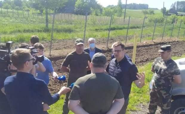 Кащюнас: Лукашенко атакует Литву нелегальными мигрантами