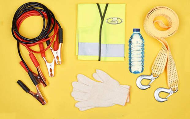 Владельцам Лады: 14 вещей, которые должны лежать в багажнике (или в бардачке)