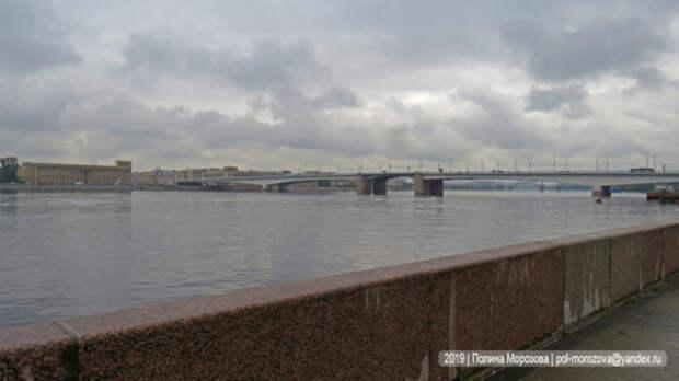 Серый, мокрый, дождливый и туманный Петербург. Прощальная гастроль