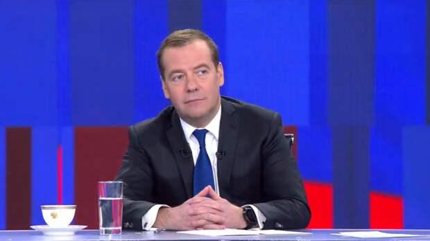 Турчак: Медведев не смог приехать в штаб «Единой России» из-за сильного кашля