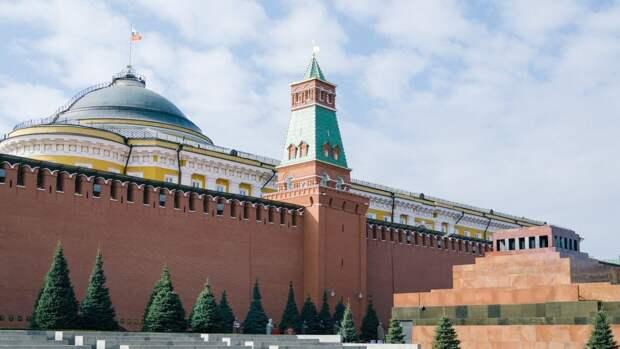 В Кремле рассказали, когда послы США и РФ вновь приступят к работе
