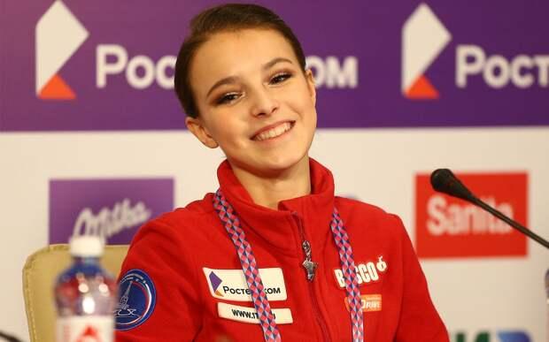 Щербакова и Василевский вошли в тройку победителей рейтинга «30 до 30» в спорте от Forbes