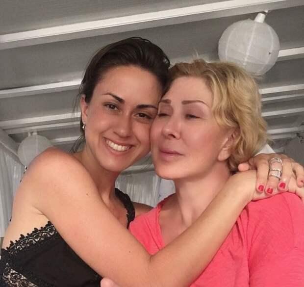 Любовь Успенская помирилась с единственной дочерью