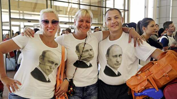 Российские туристы признались, что везут на отдых за рубеж кипятильники, гречку и колбасу
