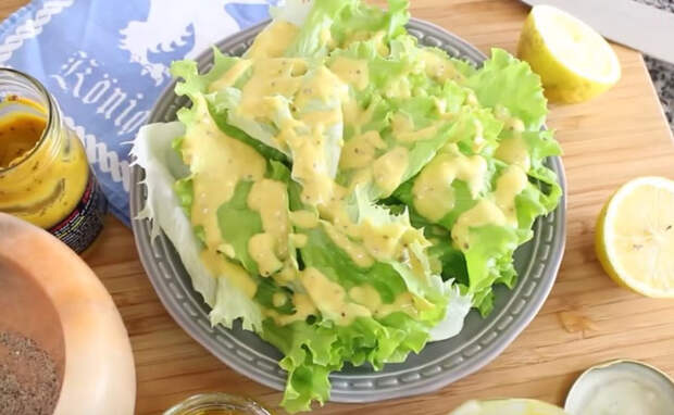 Простой рецепт вкуснейшей заправки для салатиков