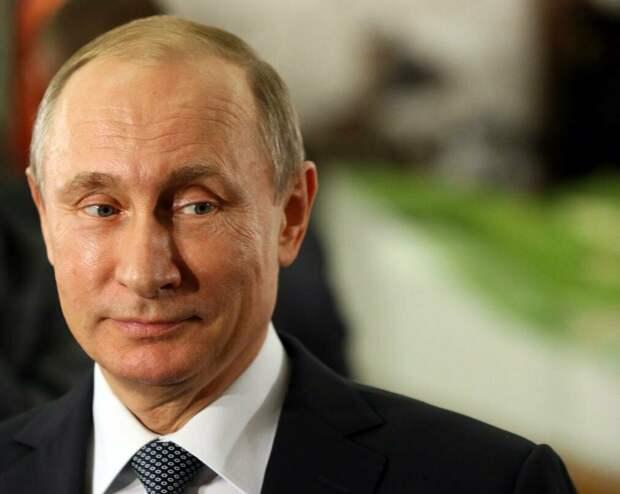 Путин признался в безответной любви. Узаконить отношения не получается